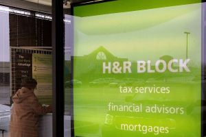 H&R Block Storefront